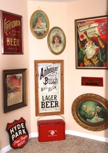 We provide expertise, free appraisals and purchases of antique advertising items